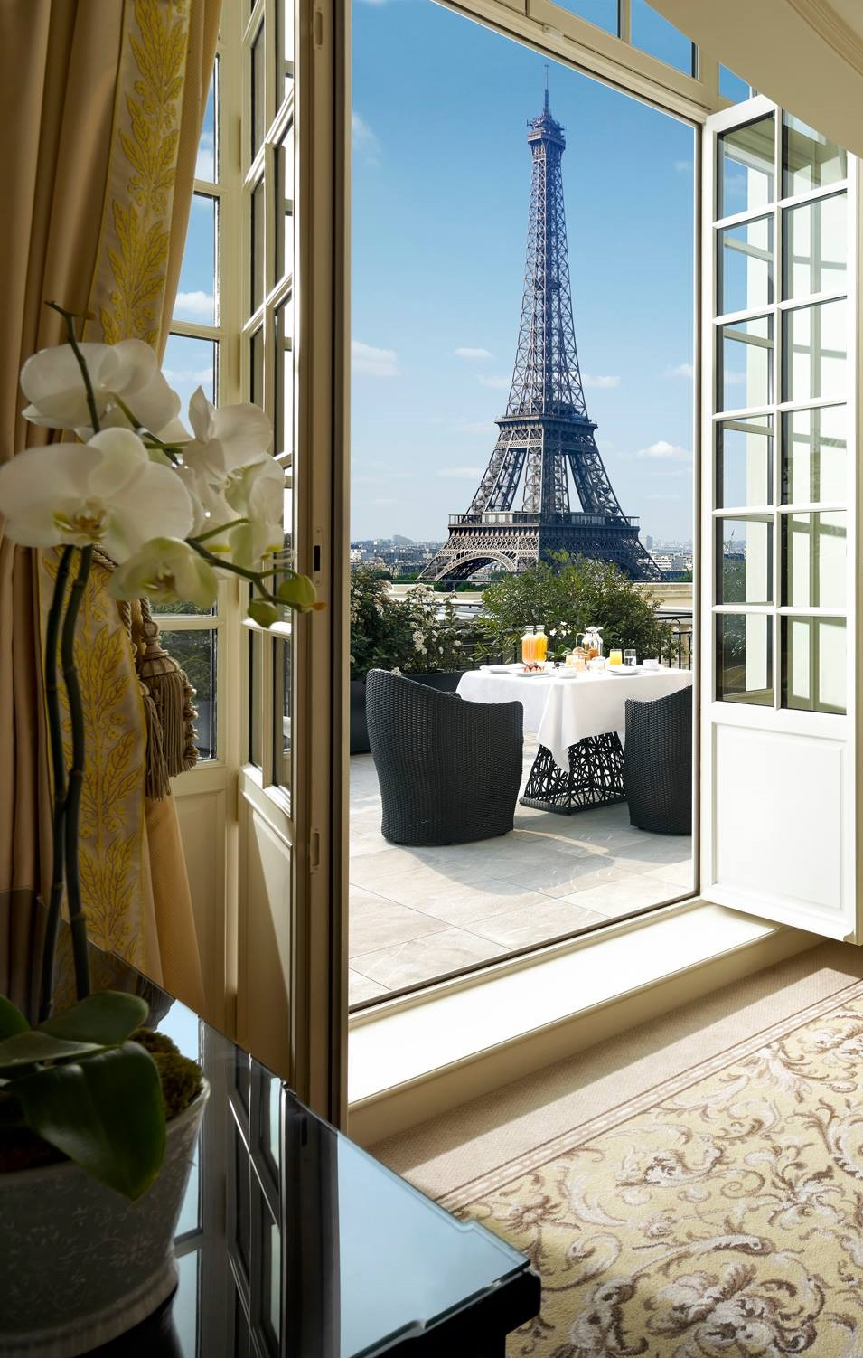The Top 10 Fashionable Hotels You Should Visit In Paris